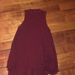 Maroon, Final touch tank top